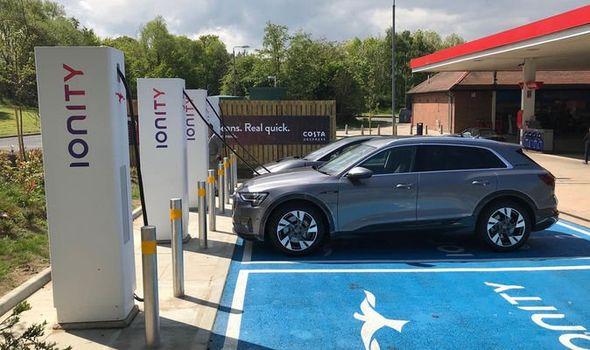 Un coche eléctrico emite hasta un 79% menos que uno diésel o gasolina
