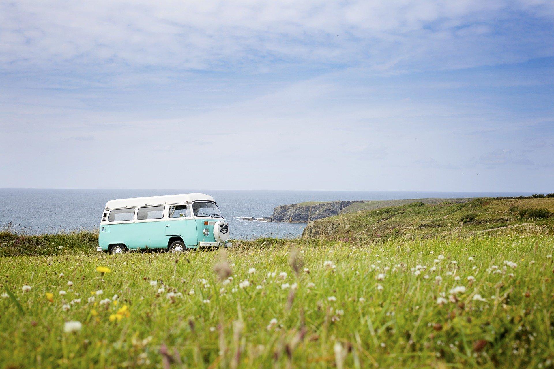 6 furgonetas camperizadas para viajar este verano (si nos dejan)