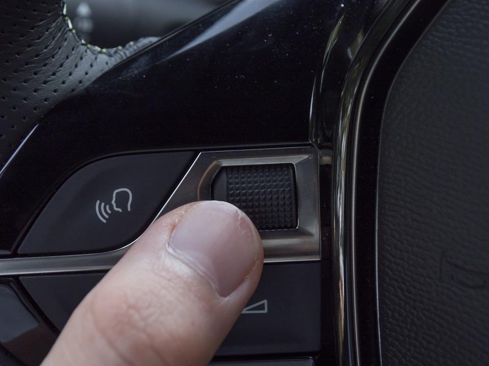 Especial AutoFM: Plásticos duros o blandos ¿Cuáles son de mayor calidad para tu coche?