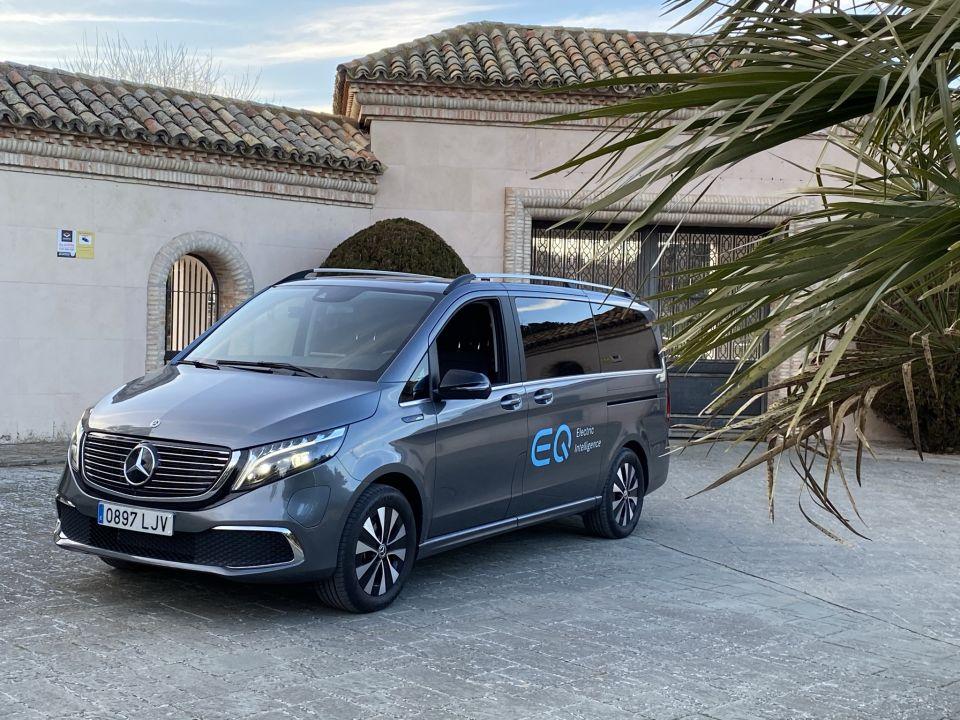 Prueba Mercedes EQV 300: Clase preferente con cero emisiones.
